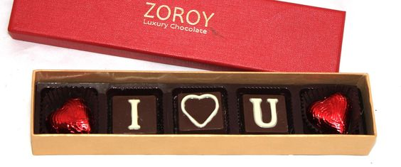 Buy Chocolate Gift for Girlfriend on This Valentine's Day 2018